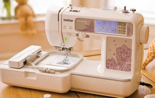 Вышивальная машина фирмы Brother